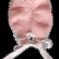 Detalle del gorrito tejidos por Elsa