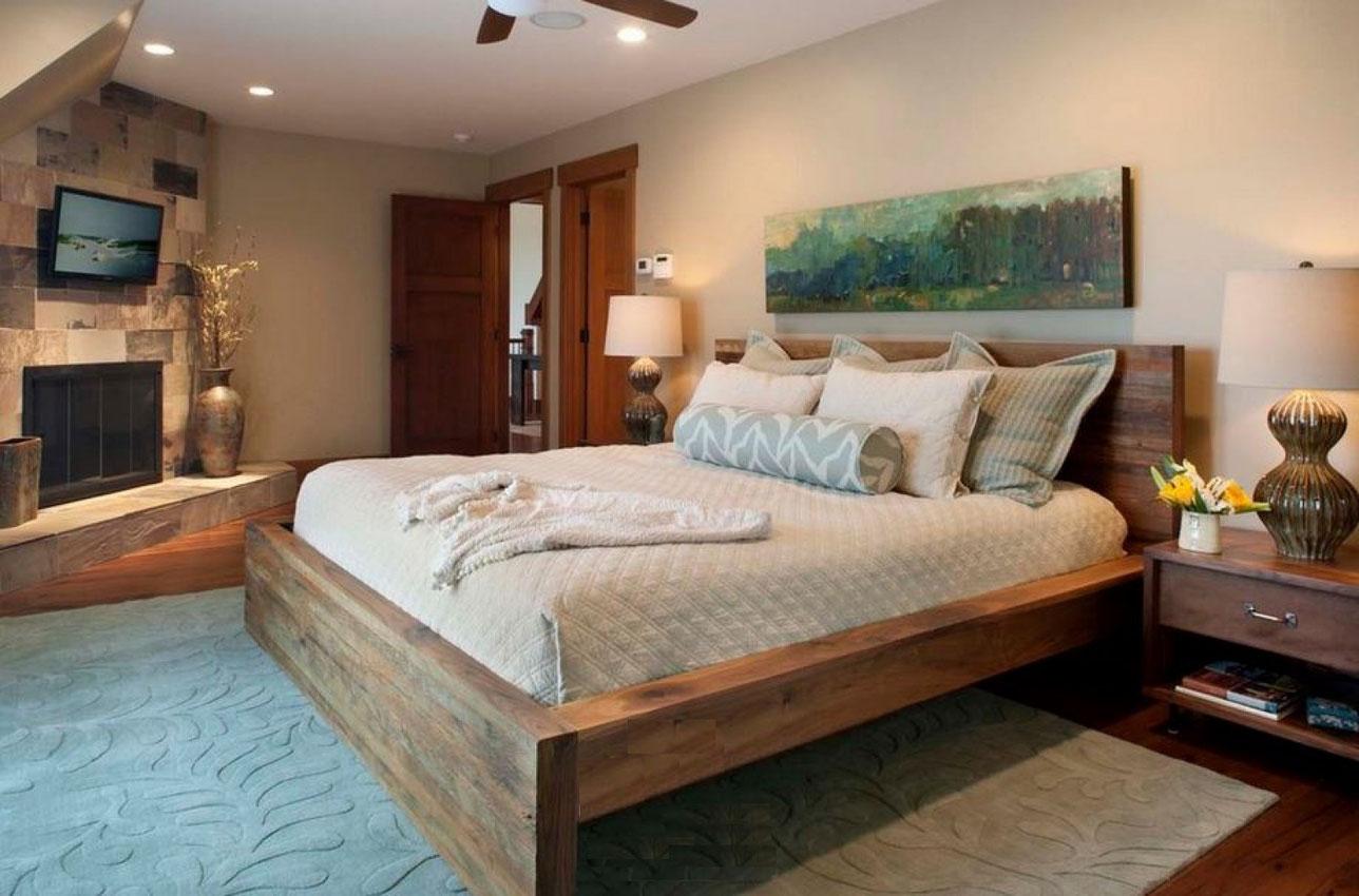 Дизайн спальни с кроватью из дерева
