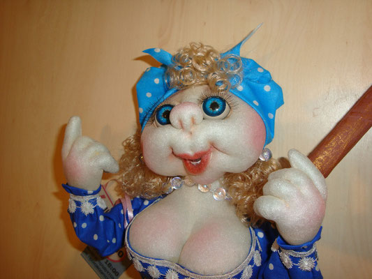 Как своими сделать куклу из капрона своими руками в домашних условиях