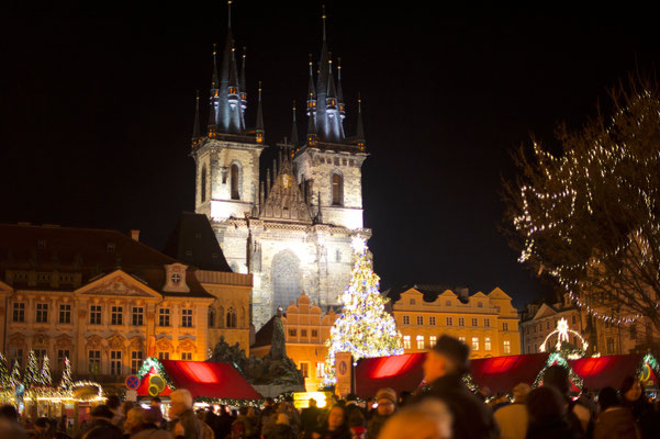 Christmas in Prague - Place - Copyright  Or Hiltch