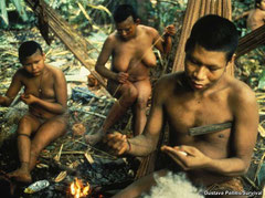 Tras el contacto los nukak fueron diezmados por las enfermedades. © Gustavo Pollitis/Survival