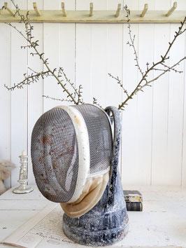 alte Fechtmaske aus Frankreich - weiß gepolstert