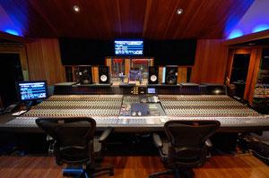 Paul Stanley produces new KISS album 2011