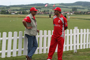 After match discussion between A.Koshy and the Swiss T20 captain