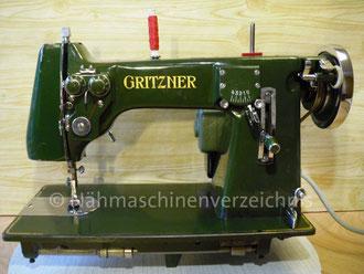 Gritzner VZ B, Zickzack-Haushaltsnähmaschine, Flachbett, Fußantrieb, Vorrichtung für Anbaumotor vorhanden, Hersteller: Gritzner – Kayser AG, Karlsruhe-Durlach (Bilder: I. Naumann)