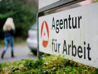 Die Zahl der Arbeitslosen in Deutschland ist im Juli um 61 000 auf 2,773 Millionen gestiegen. Foto: Julian Stratenschulte