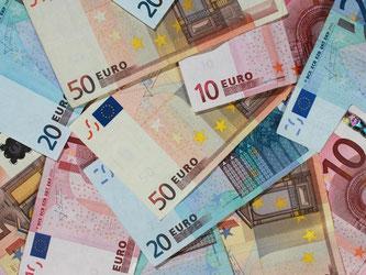 Euroscheine. Foto: Jens Wolf/Illustration