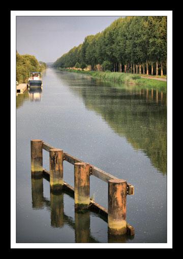 Le Canal de la Somme à Grand Laviers