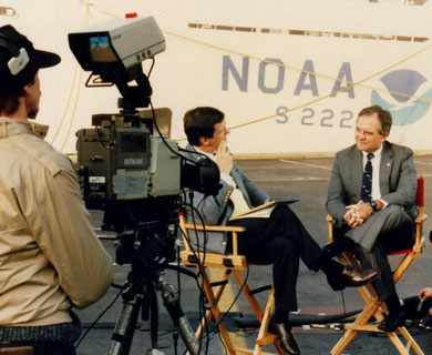"""""""Good Morning America"""" with Charles Gibson, 3 November 1987"""