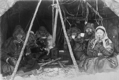 Зимой в тайге. Якутия