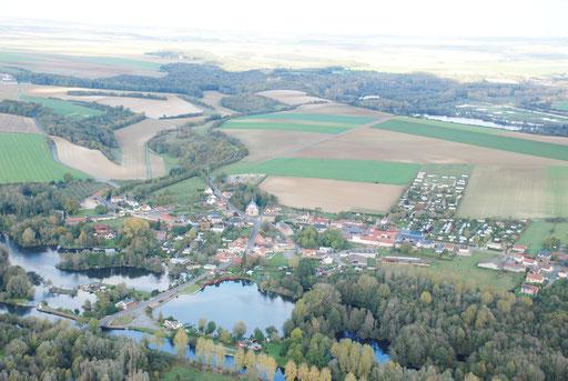 Vue aérienne de Chipilly photo prise du sud ouest.
