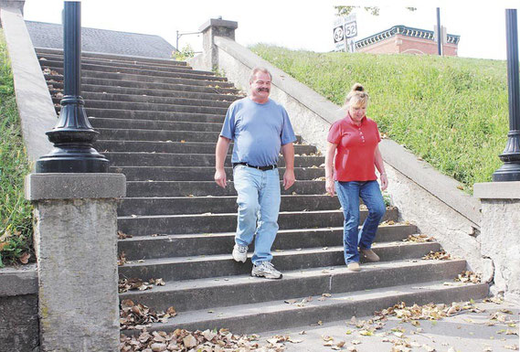 Mike and Lori Zabran of Elgin, Illinois walked down the old scenic stairway on Riverview to get closer look at the river below. The couple was visiting the community during their vacation last week and were shopping at various stores uptown.