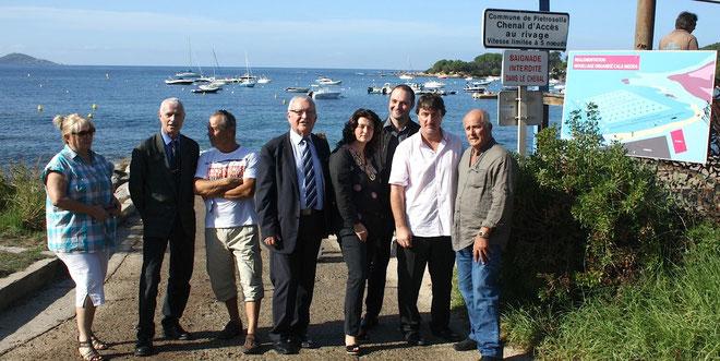 Lundi, le Maire de la commune de Pietrosello, Jean-Baptiste Luccioni, et les différents partenaires  du projet, Mouillage Effet Mer,  présentaient sur le plan d'eau de l'Isolella,  ce nouvel équipement  apparu au mois d'aout 2012.