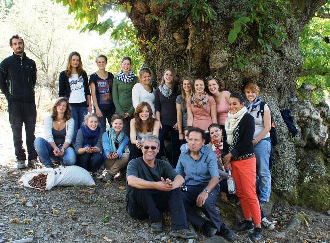 """Les jeunes lycéennes en compagnie de Manu Barbieri et de leurs professeurs ont passé à Pianellu """"un moment magique"""""""