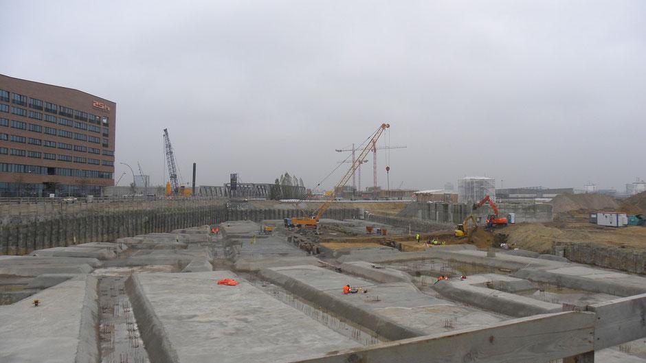 Warten auf Godot: Nachhaltige Neubauprojekte sind rar geworden | © greenIMMO