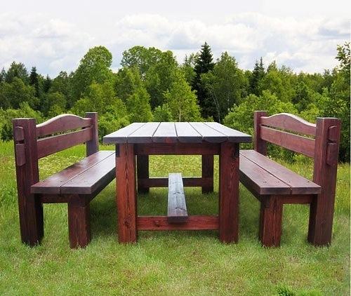 Деревянные столы и лавки для беседки фото