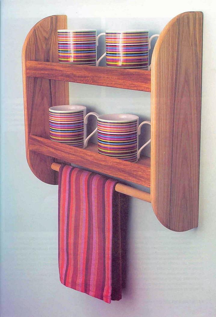 Полка для посуды из дерева