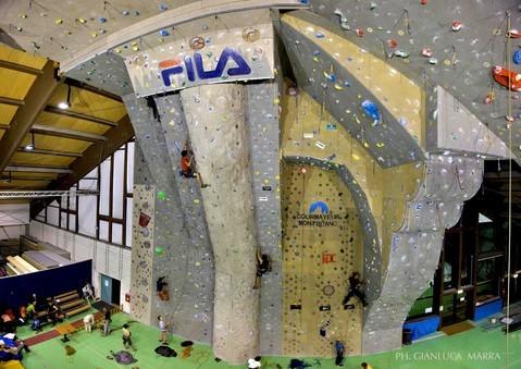 lezioni e corsi d'arrampicata per tutte le età!!