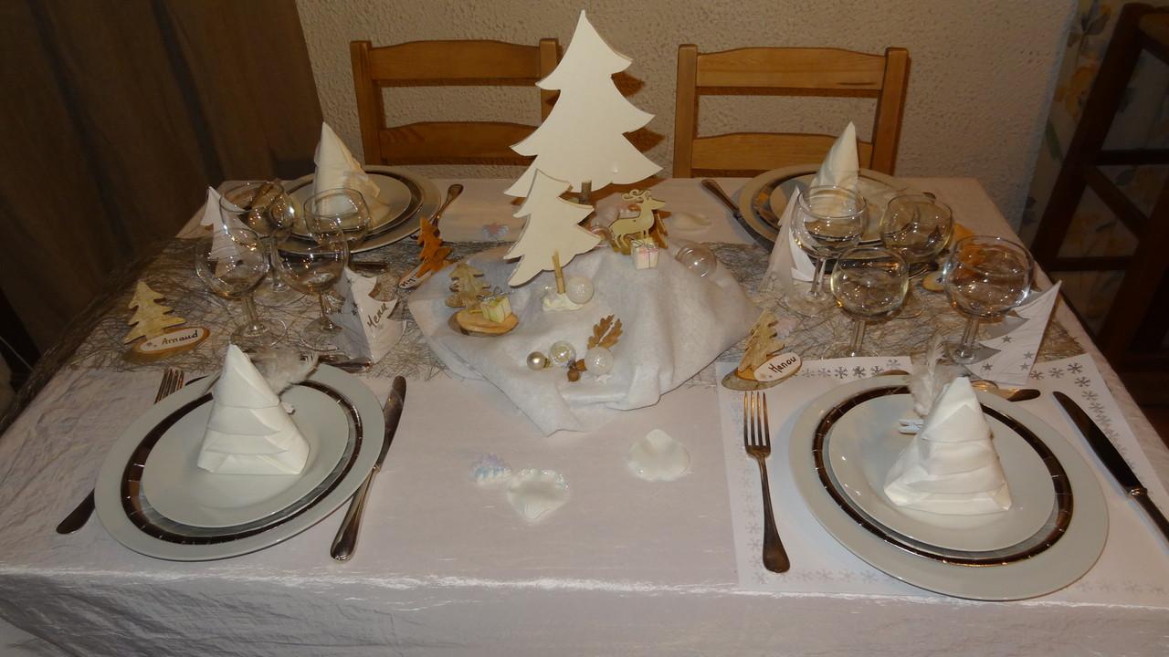 R veillon blanc montagne - Deco table reveillon nouvel an ...
