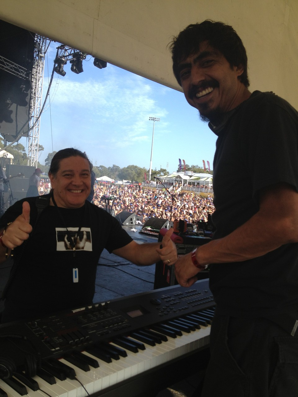 "David and Kike are already setting up my keyboard on stage while the ""Bombay Bicycle Club"" play ... good band! — with David Marchant at Southbound Festival 2013."