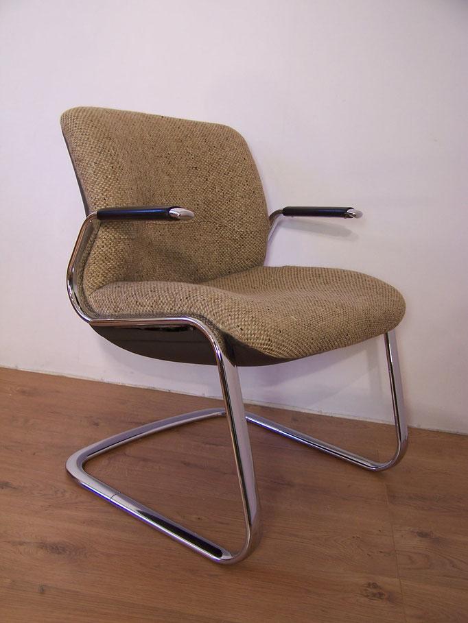 Fauteuil de bureau vintage marque Strafor MAJDELTIER Boutique