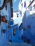 「青の街」シャウエン。濃淡さまざまなブルーが建物に塗られていて、美しかった。