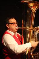 Andreas Hacken an der Tuba