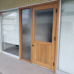 腰板・ガラス付き店舗ドア