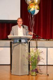 Der evangelische Pfarrer herr Peter Zarmann gab den Jugendlichen eine Lebensweisheit in Gestalt einer Geschichte mit auf den Weg.