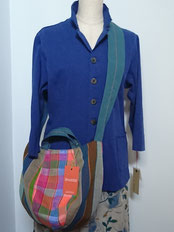 ミャンマー・パラウン族の手織り布