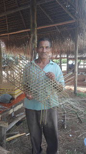 Monsieur José Batis, artisan vannier amérindien Palikur,