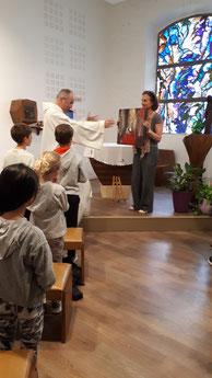 """Bénédiction du tableau """"MERCI ! """" à la chapelle du petit collège du Caousou (Toulouse)"""