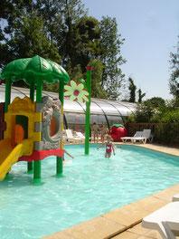 piscine couverte au camping le clos cacheleux en baie de somme