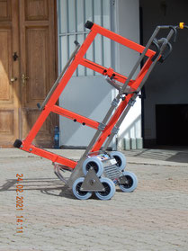 Classico saliscale per serramenti a 6 ruote  costruito in acciaio inox