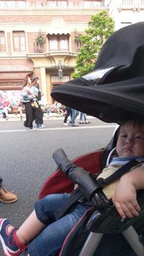 赤ちゃん初USJでの写真