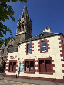 Die Kiche in Tobermory beheimatet heute einen Shop und ein Cafe