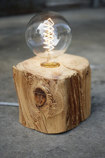 Tischlampe Balken Industiedesign design zug lampen vintage holz schweiz handmade