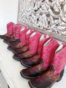 Mexikanische Stiefel, pinke Stiefel, Cowboystiefel, Westernstiefel, Lederstiefel, Damenstiefel, Kinderstiefel, Boho Stiefel, ausgefallene Stiefel, Westernreiten, Reitstiefel, Stiefel mit Blumen, Stickerei, Mexikanische Stiefel