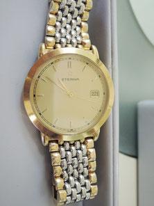 贈り物でいただいた腕時計だそうです。大切な時計の修理お任せください