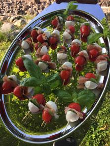 Tomates/bocconcini/basilic frais et jambon italien