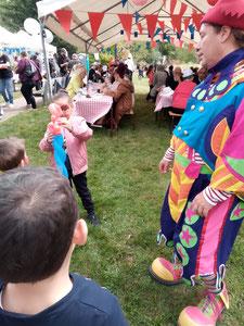 animation enfants mariage baptême bar mitsva sculpteur sur ballons clown magicien barbapapa popcorn