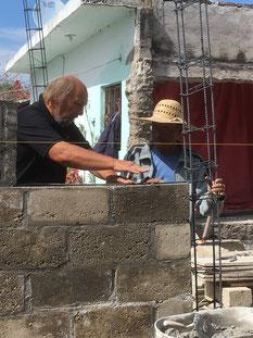 Unterstützung beim Wiederaufbau mit deutscher Handwerkserfahrung
