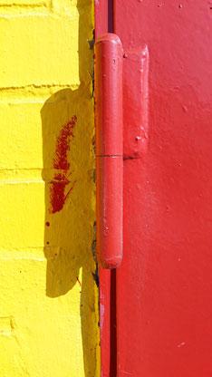 Das Rot übernimmt das Gelb.
