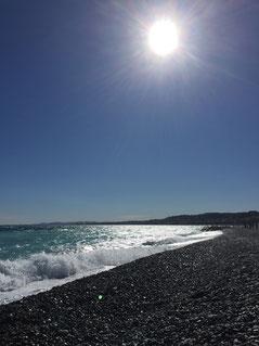 Nizza Strand Sonne Meer mindshifthackz