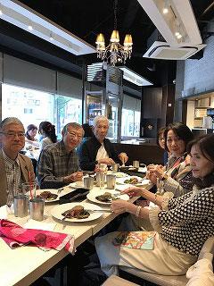 美味しい食事は、人々を和ませ、楽しいひとときにさせてくれました(^^♪  ありがとうございました(*^。^*)