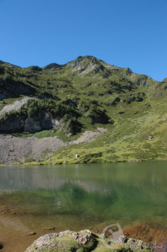 Etang d'Ayes Randonnée Ariège Pyrénées