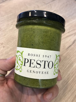 frisches pesto aus Genua - genuesisches pesto - basilikum pesto kaufen - Pesto Genovese - originales Pesto Genovese - delizie - Rossi - grünes pesto - grüne Sauce für Nudel - Nudelsauce - Pesto - pesto online kaufen - nudeln mit pesto - pesto Rezept -