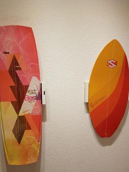 Wandhalterung Wandmontage Kiteboard Wakeboard horizontal vertikal Halterung wall mount LED Beleuchtung beleuchtet