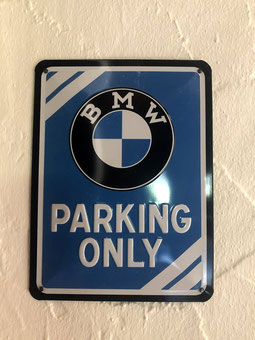 BMW-Room (Please click on the photo!)