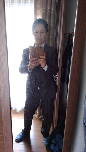 スーツ姿の社長